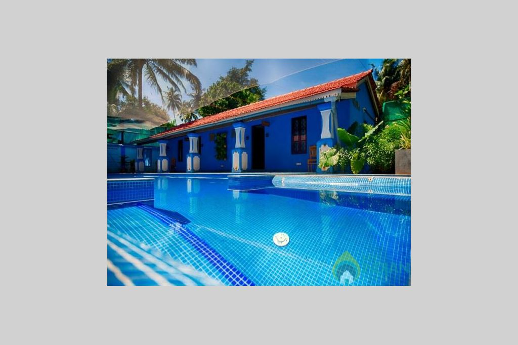 Private pool  in a Villa in Calangute, Goa