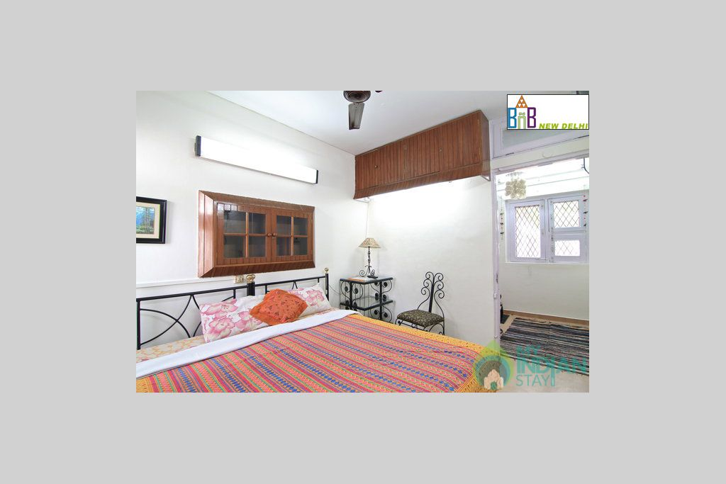 Double Room with Breakfast and Wifi in a Bed & Breakfast in New Delhi, Delhi