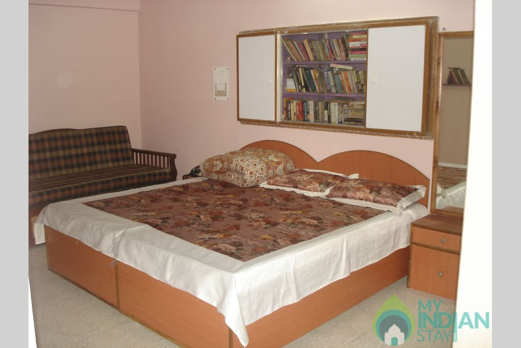 SHH ROOM-2 in a Bed & Breakfast in New Delhi, Delhi