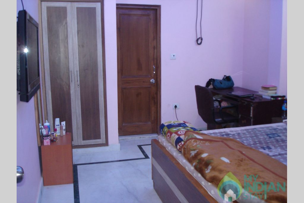 SHH ROOM-3 in a Bed & Breakfast in New Delhi, Delhi