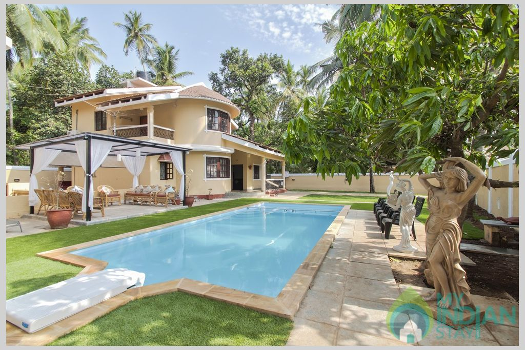 Garden- Enjoy the clean open space in Goa in a House in Calangute, Goa
