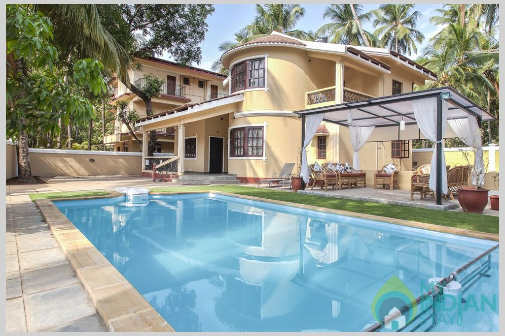 Kids pool and gazebo in Goa in a House in Calangute, Goa
