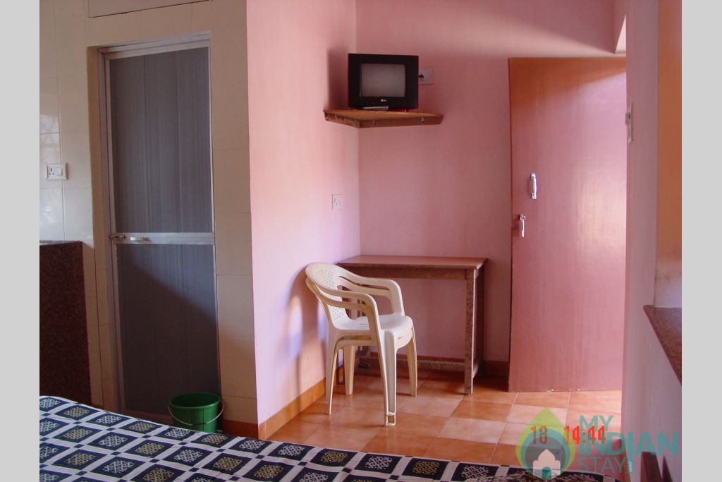 Non-Ac Double Room in a Guest House in Anjuna, Goa