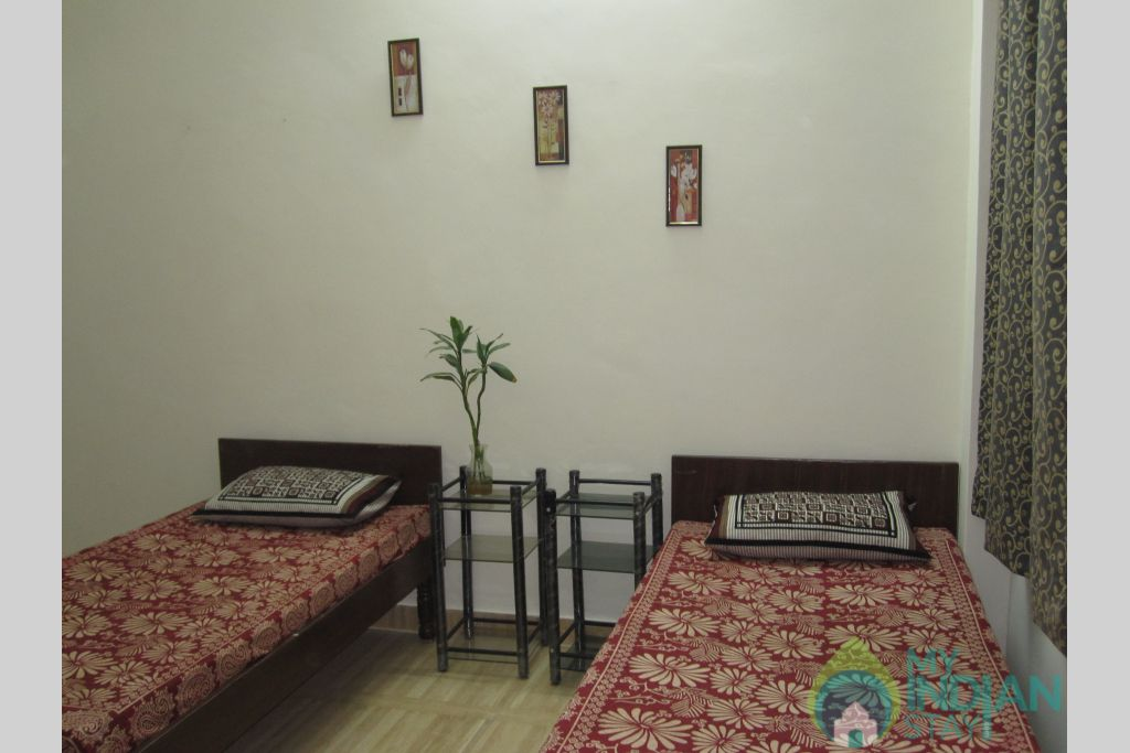 2 Bedroom Set, Ensuite, Suitable for Group Stay in a Bed & Breakfast in New Delhi, Delhi