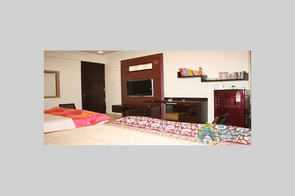 3 in a Serviced Apartment in Mumbai, Maharashtra
