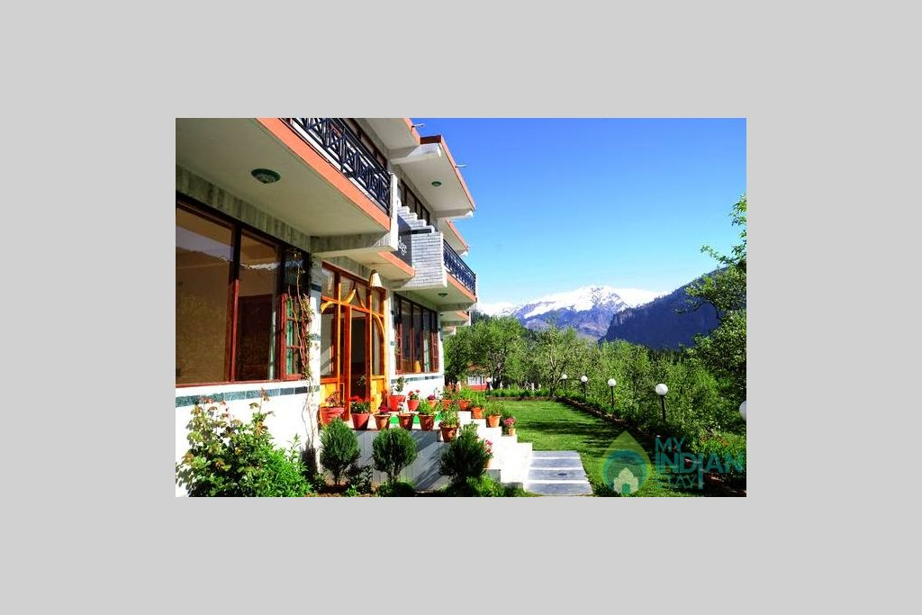 Outside View Of GuestHouse in a Guest House in Manali, Himachal Pradesh