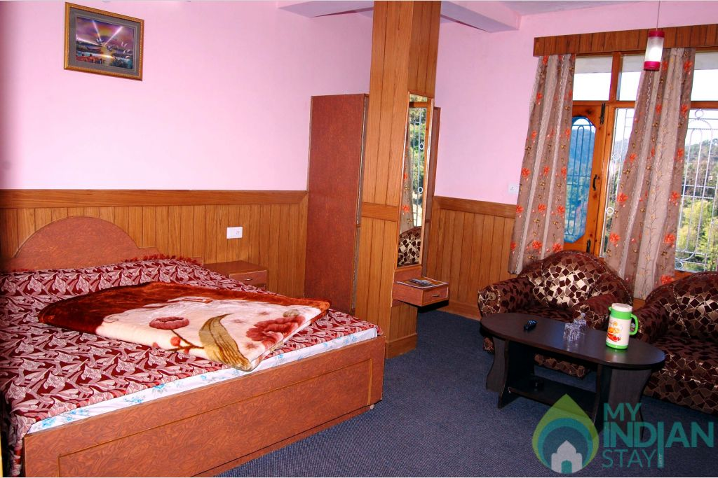 Room1 in a HomeStay in Shoghi, Himachal Pradesh