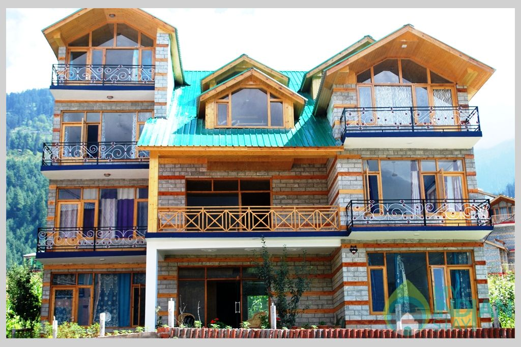 Front View Of Cottage in a Cottage/Huts in Manali, Himachal Pradesh