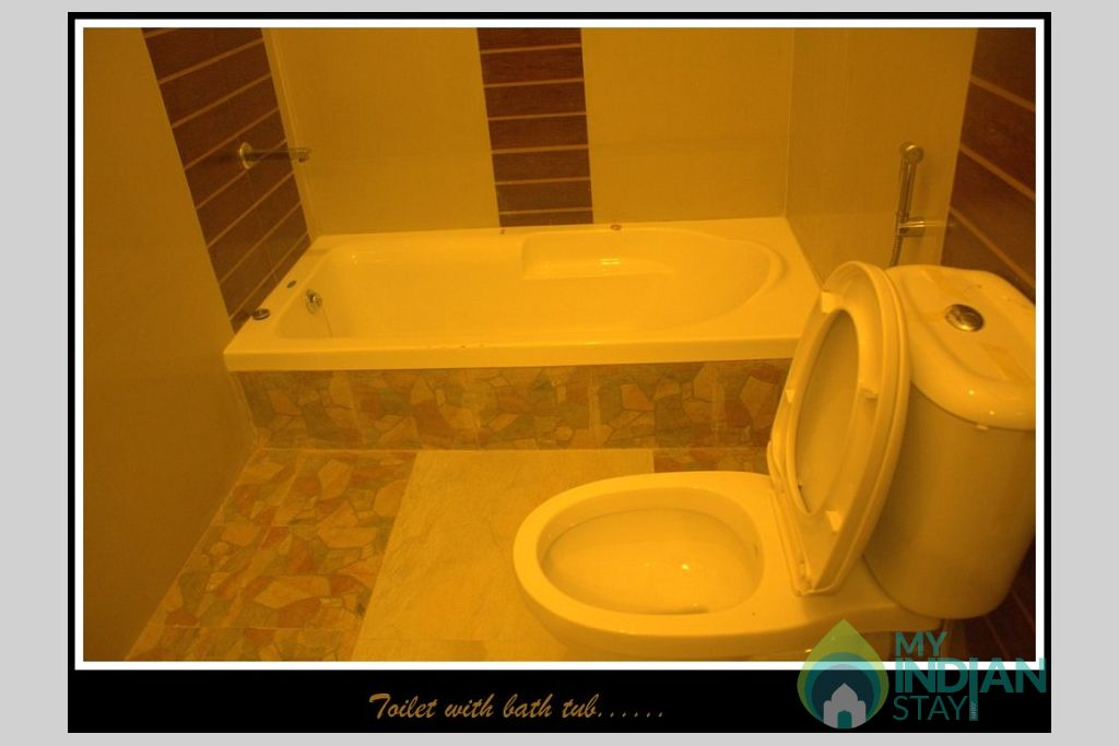 Toilet/Bathtub in a Serviced Apartment in Gangtok, Sikkim