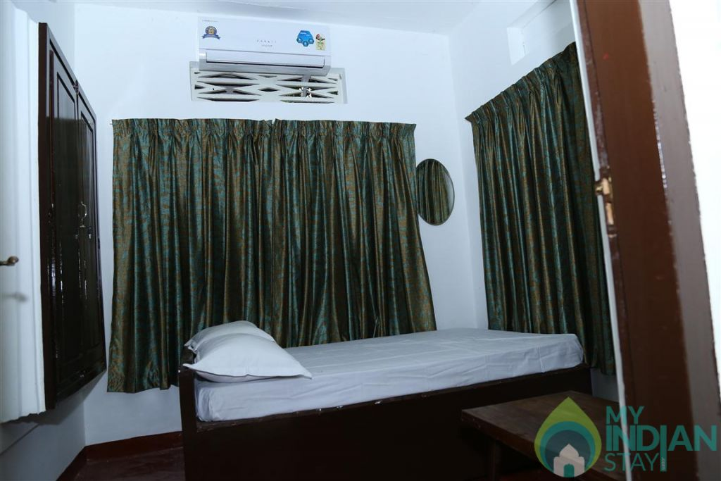 AQ 14 ROOM NO in a HomeStay in Kumarakom, Kerala