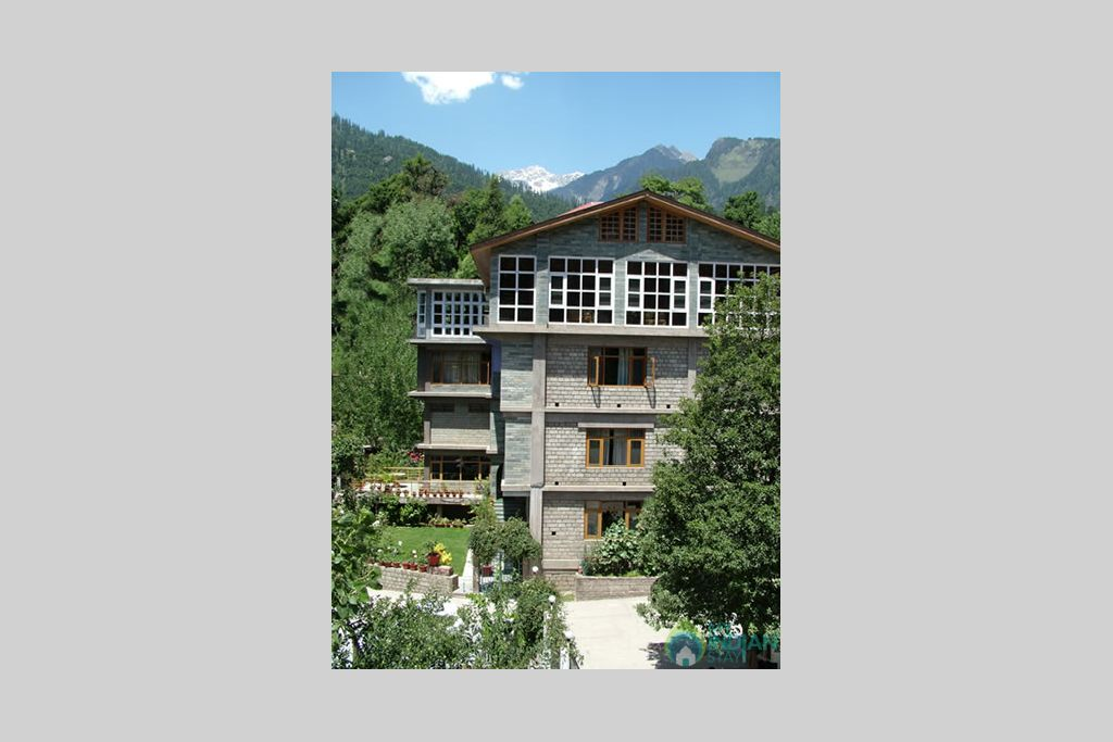 overview in a Bed & Breakfast in Manali, Himachal Pradesh