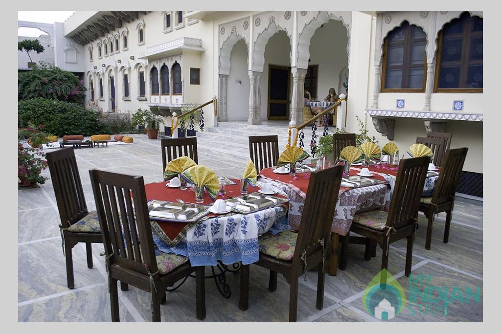 Outdoor Dinning in a HomeStay in Jaipur, Rajasthan