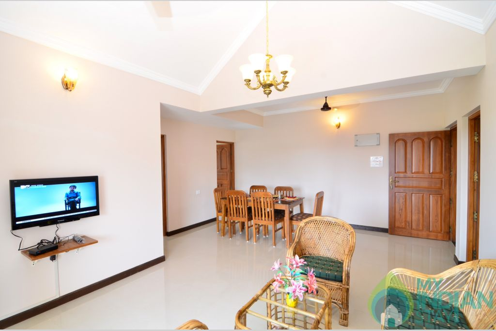 Living Room in a Self Catered Apartment in Pilerne, Goa
