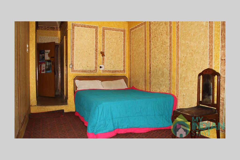 Double Bedroom 1 in a Bed & Breakfast in Srinagar, Jammu and Kashmir