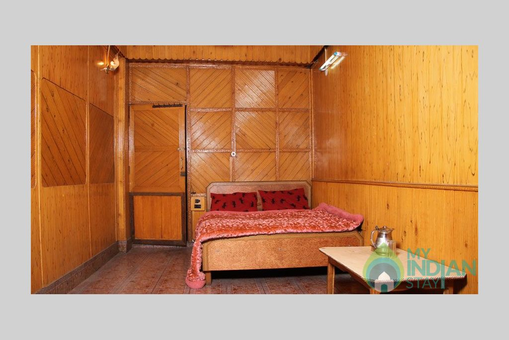Double Bedroom 3 in a Bed & Breakfast in Srinagar, Jammu and Kashmir
