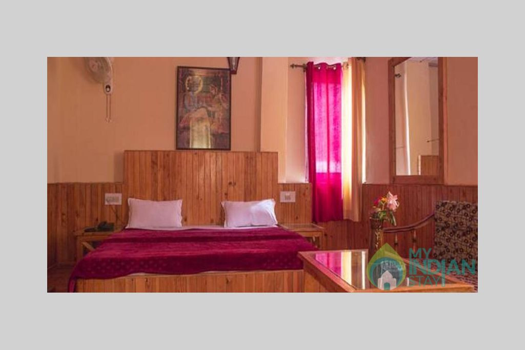 Deluxe in a Guest House in Kasol, Himachal Pradesh