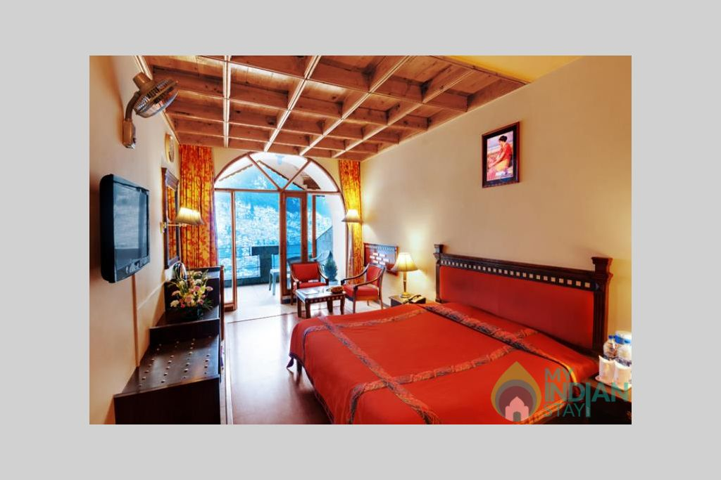 Premium-room-big in a Guest House in Manali, Himachal Pradesh
