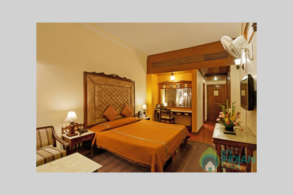 Superior-room-big in a Guest House in Manali, Himachal Pradesh