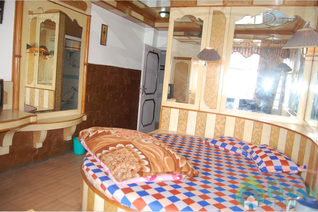 Super Deluxe Room in a Guest House in Shimla, Himachal Pradesh