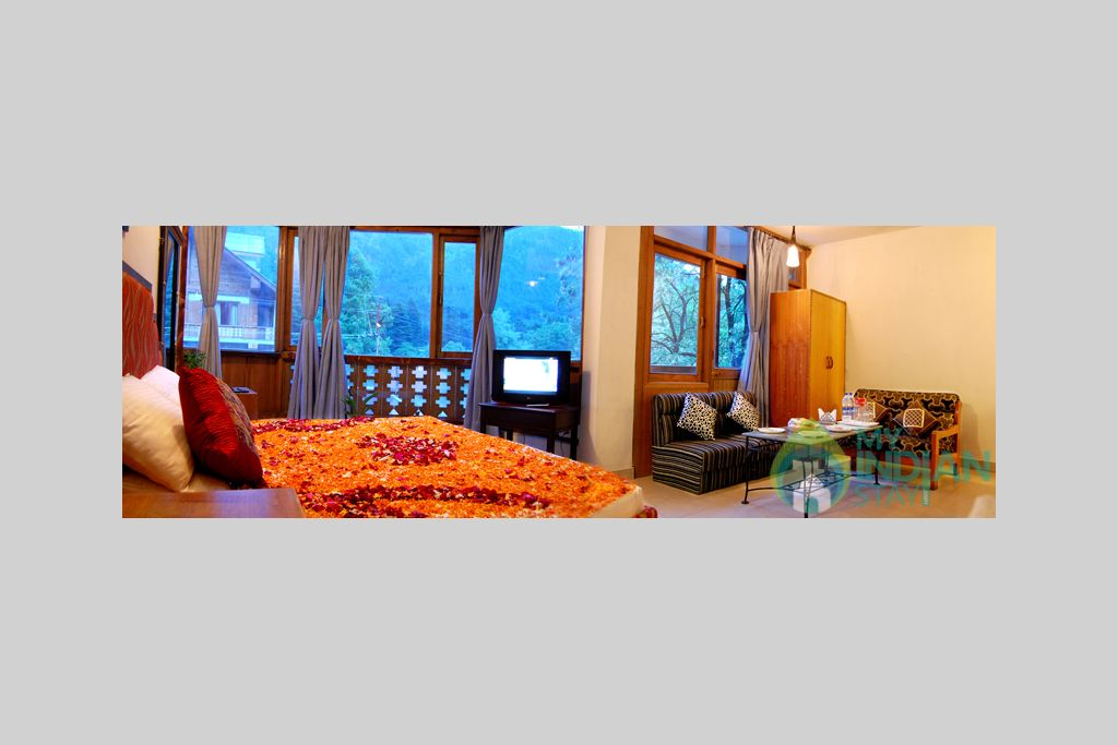 Room in a Guest House in Manali, Himachal Pradesh