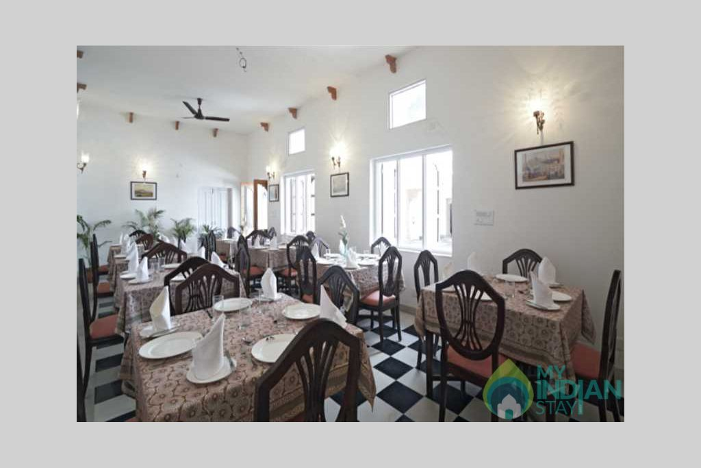 dining in a Bed & Breakfast in Jaipur, Rajasthan