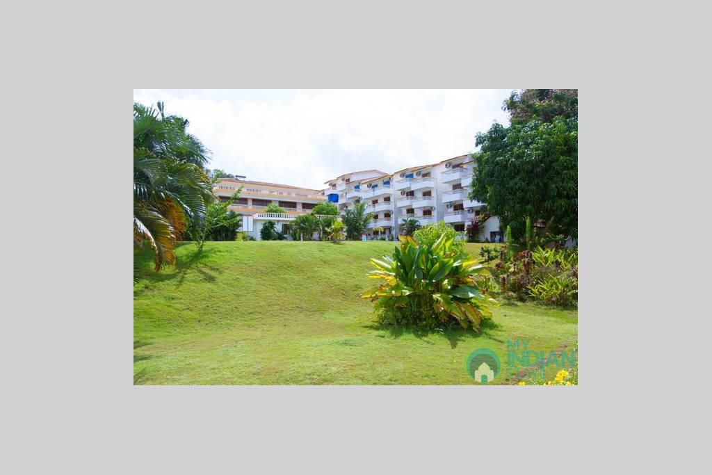 CM040-OUTER in a Serviced Apartment in Candolim, Goa