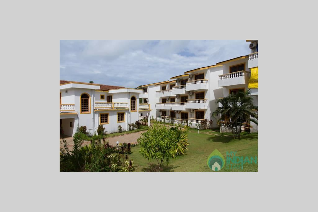 CM040-OUTER3 in a Serviced Apartment in Candolim, Goa