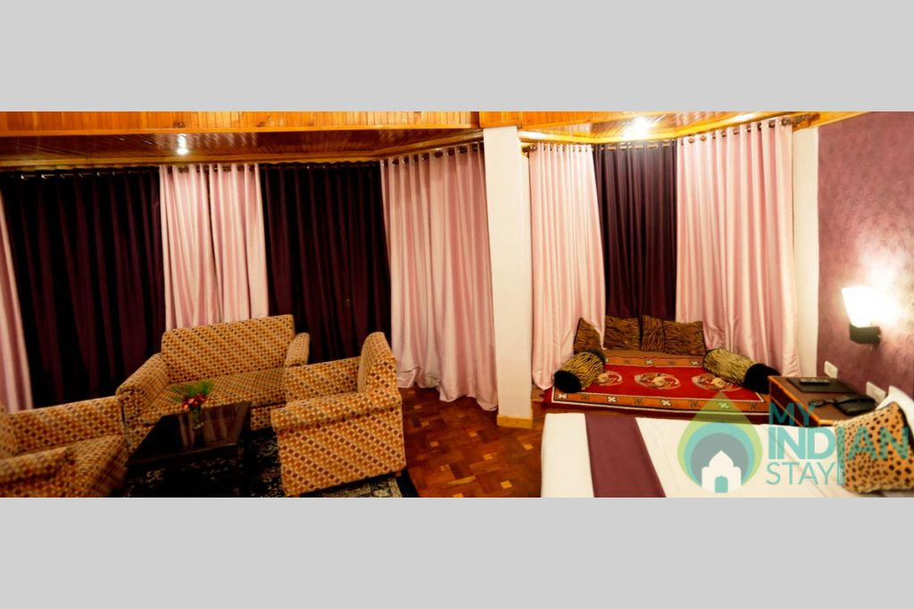 svr_special_duplex_room03 in a Guest House in Shimla, Himachal Pradesh