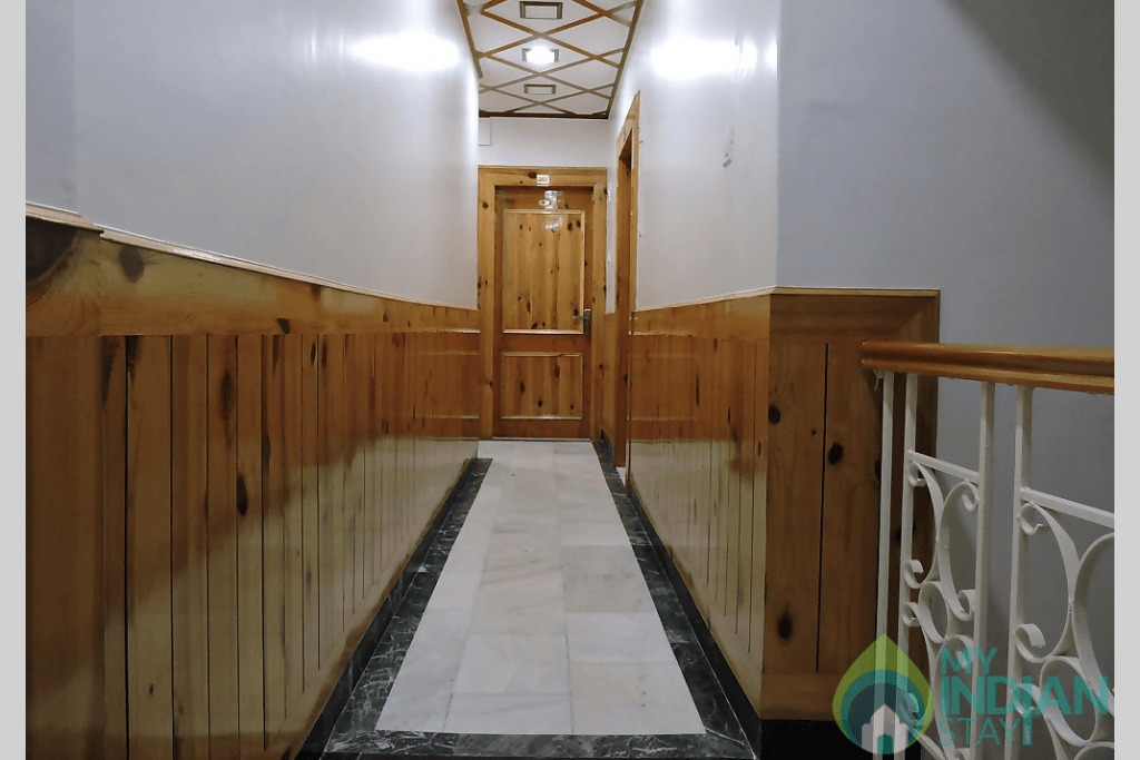 p1a0upigbk26r1hceuuo1gdt1tcg10 in a Guest House in Shimla, Himachal Pradesh