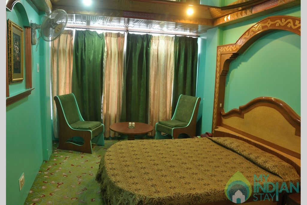 bedroom in a Guest House in Shimla, Himachal Pradesh