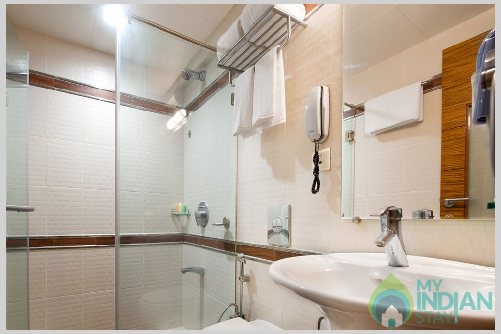 Wash Room in a Serviced Apartment in Mumbai, Maharashtra