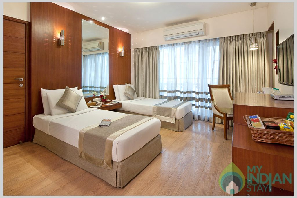 Room in a Serviced Apartment in Mumbai, Maharashtra
