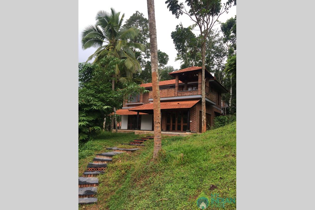 07 in a Bed & Breakfast in Kenichira, Kerala