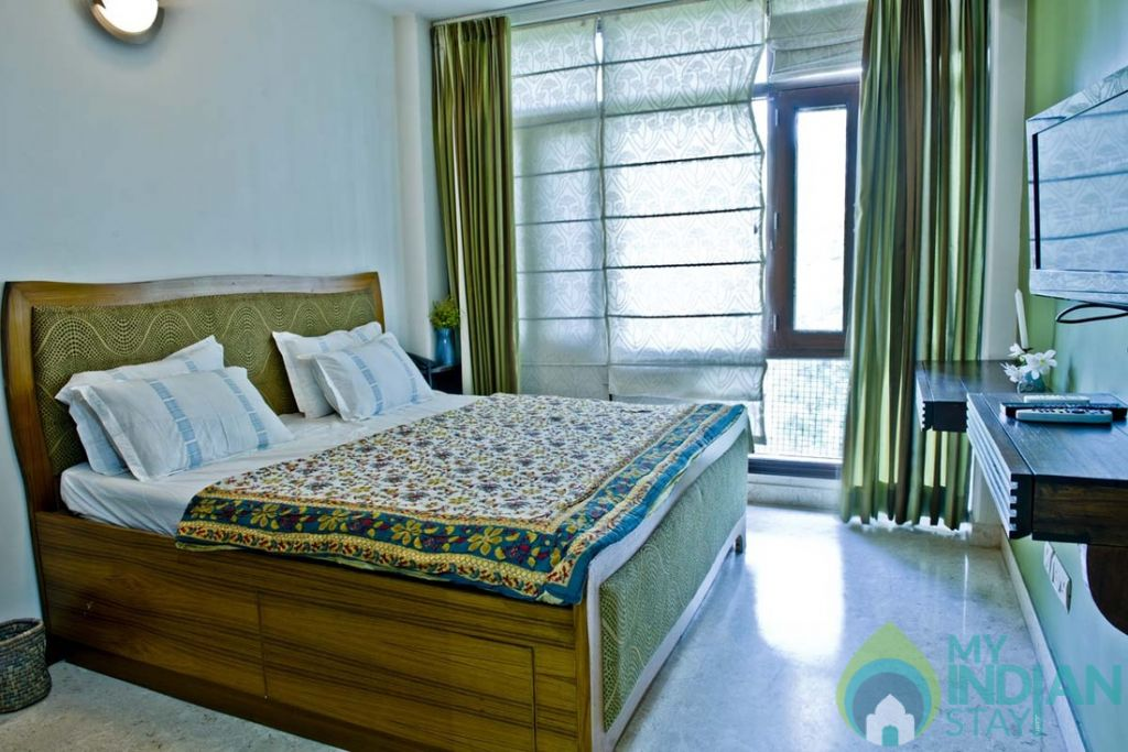 3 in a Bed & Breakfast in New Delhi, Delhi