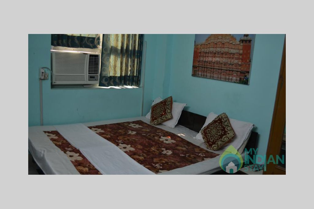 14 in a Bed & Breakfast in New Delhi, Delhi