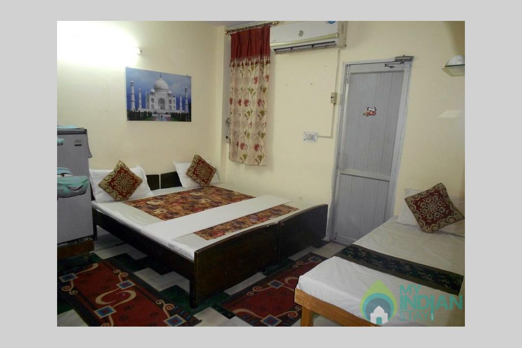 18 in a Bed & Breakfast in New Delhi, Delhi