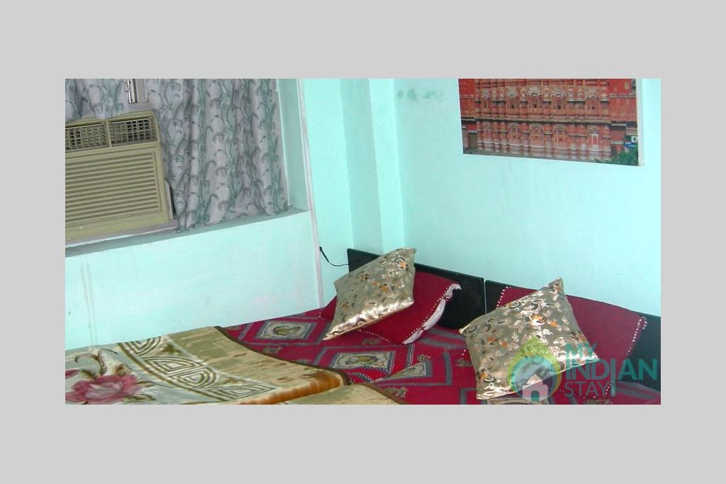 26 in a Bed & Breakfast in New Delhi, Delhi