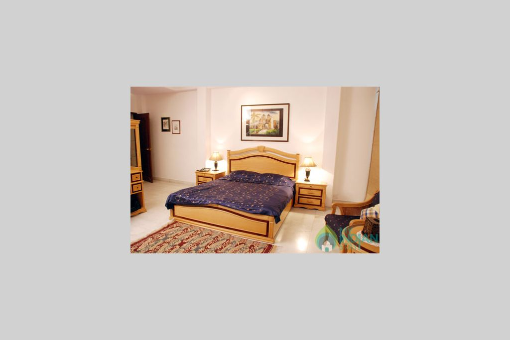 2 in a Bed & Breakfast in New Delhi, Delhi