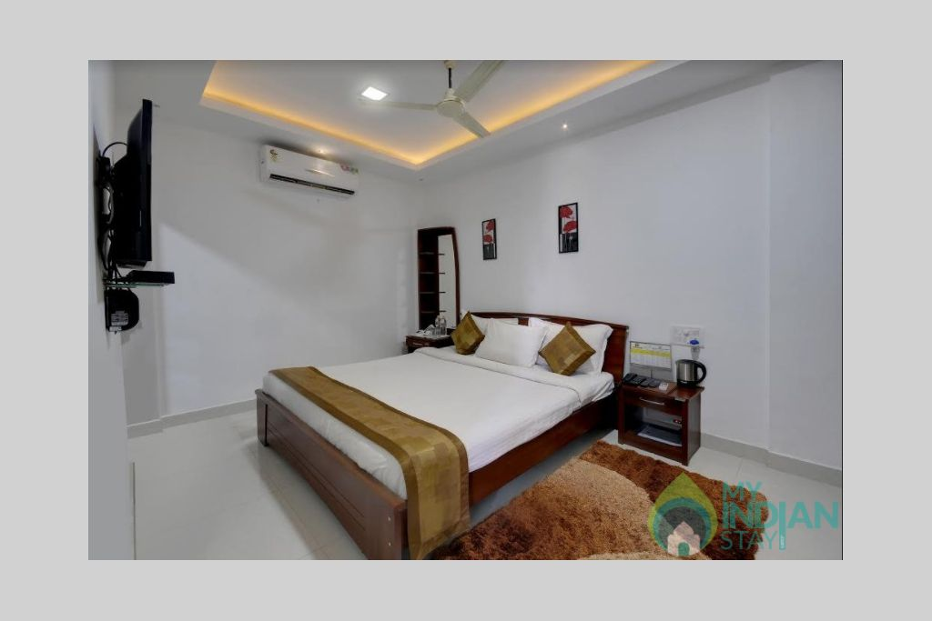 image of nest ac room in a Guest House in Madikeri, Karnataka