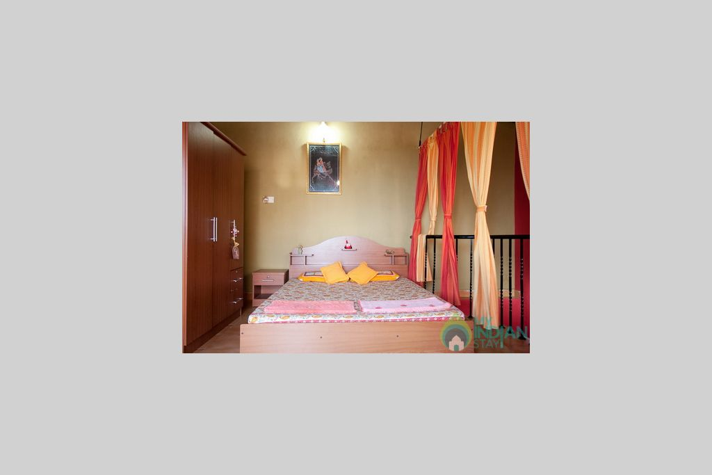 Top Double Bedroom  in a Independent Bungalow in Anjuna, Goa