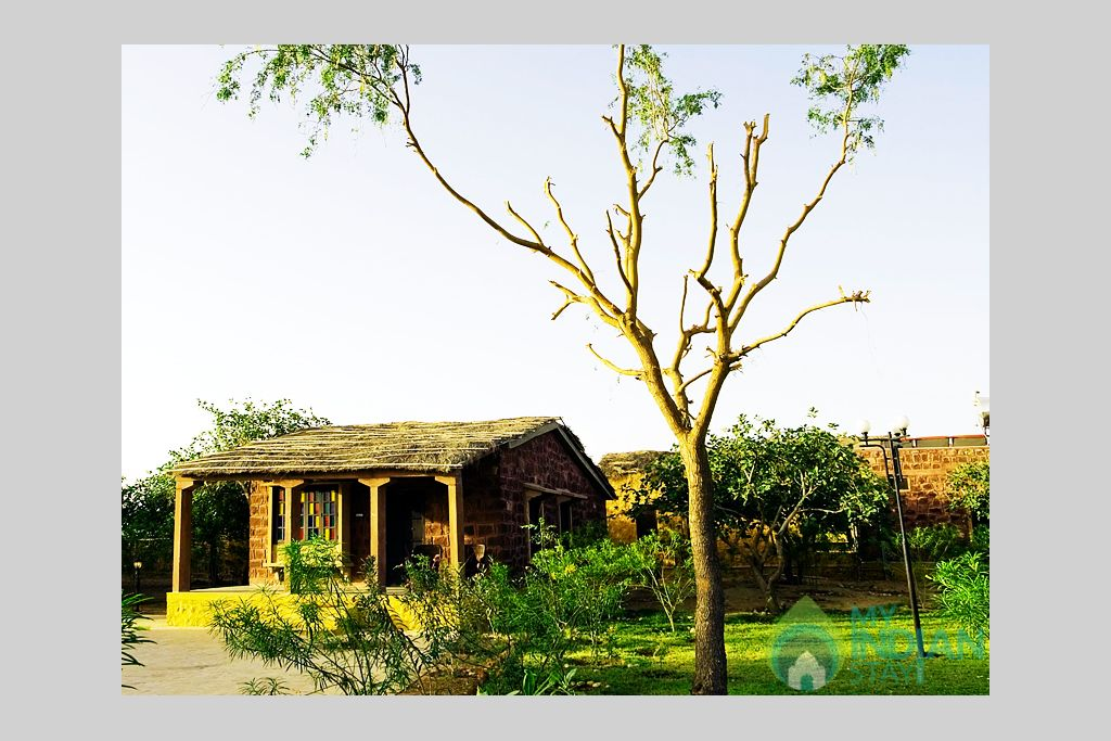 Rich-Luxurious-Mirvana-Hotel in a Cottage/Huts in Jaisalmer, Rajasthan