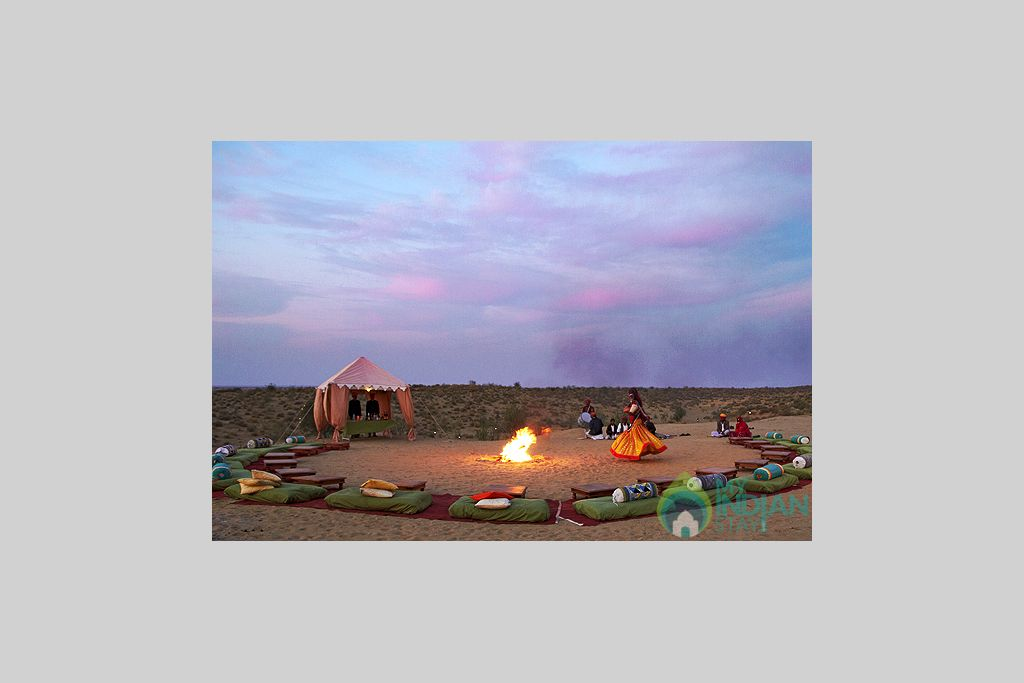Cultural-folk-Music-and-Dance-at-Dunes in a Tents in Jaisalmer, Rajasthan