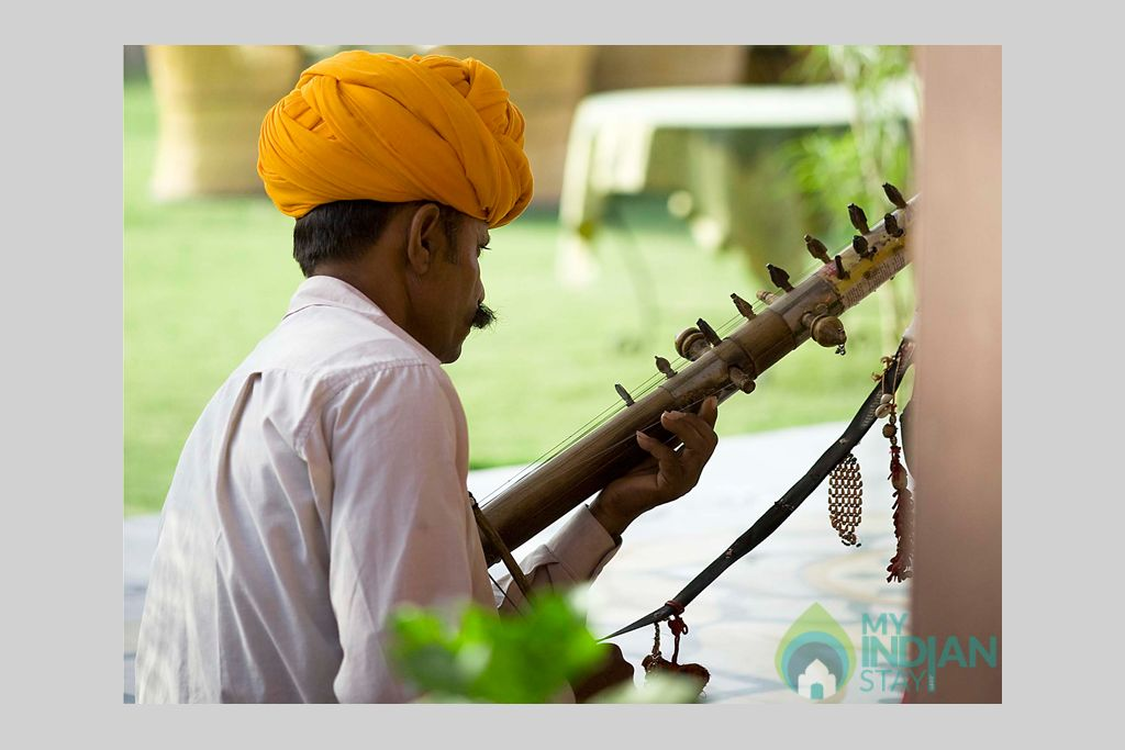 t-Traditional-Music-at-Resort in a Cottage/Huts in Jaisalmer, Rajasthan