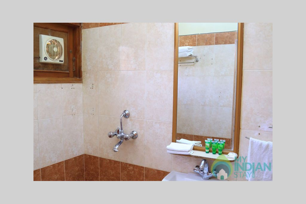 Classic-Bathroom-1 in a Bed & Breakfast in Jodhpur, Rajasthan
