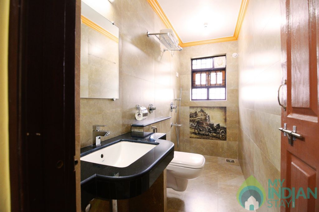 apartment bathroom  in a Serviced Apartment in Benaulim, Goa