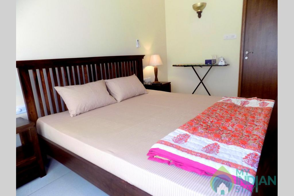 40 in a Serviced Apartment in Candolim, Goa