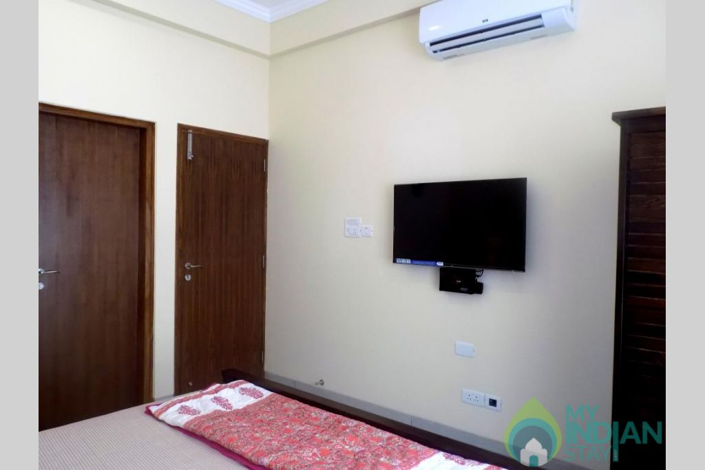 43 in a Serviced Apartment in Candolim, Goa