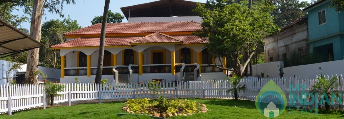 9  Bedroom Villa with private pool ,  Candolim