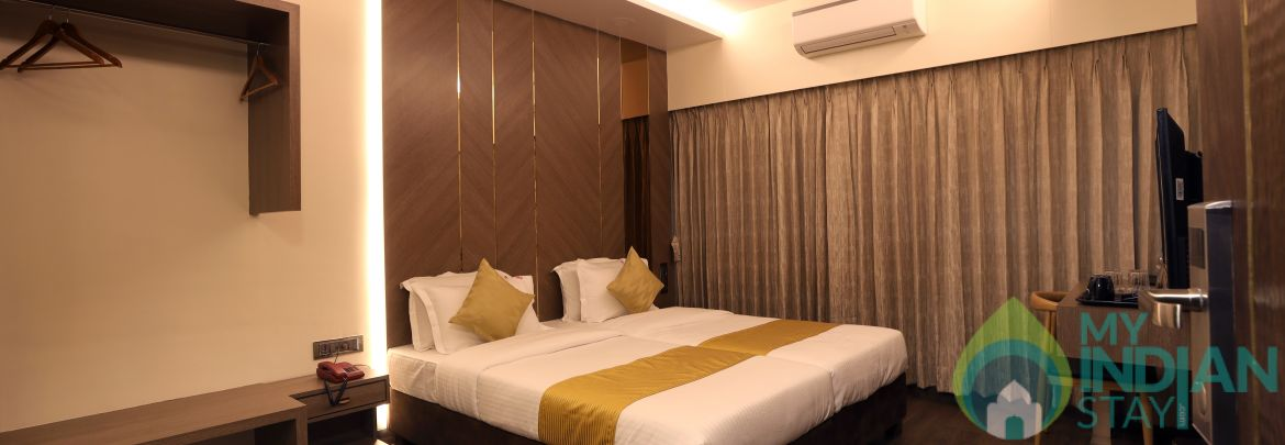 AFFORDABLE Luxury room in Mumbai