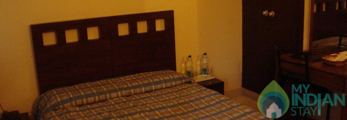 Deluxe Room In a Guest House in New Delhi